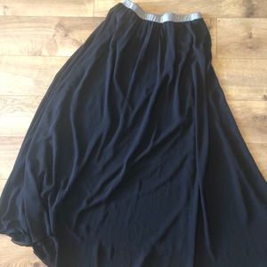 Dresses & Skirts - Go with the flow skirt